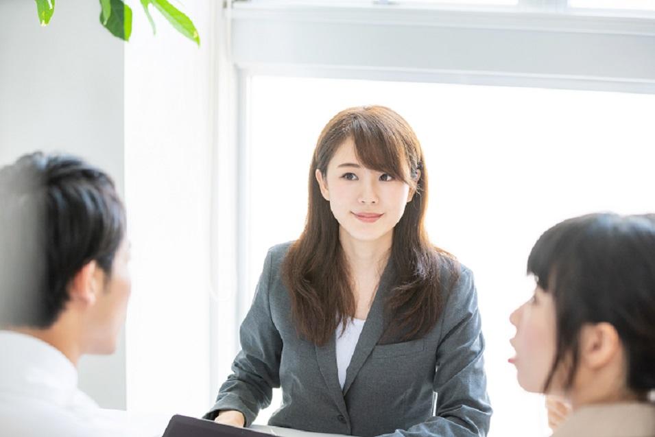 英語力、留学経験を活かして有名私立大学で留学支援業務